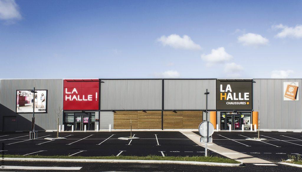 Lamaisondubatiment Batimentscommerciaux Lahalle Bardagealuetbois
